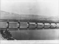 Railroad bridge across the Columbia River, taken 20 December 1915.